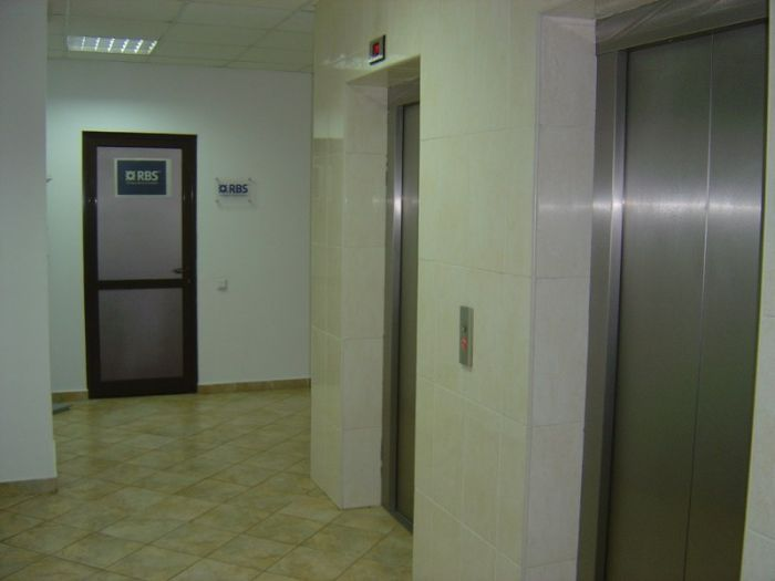 Inchiriere spatiu clasa A de 85 mp, in Centrul Civic – Iasi, 10 euro/luna